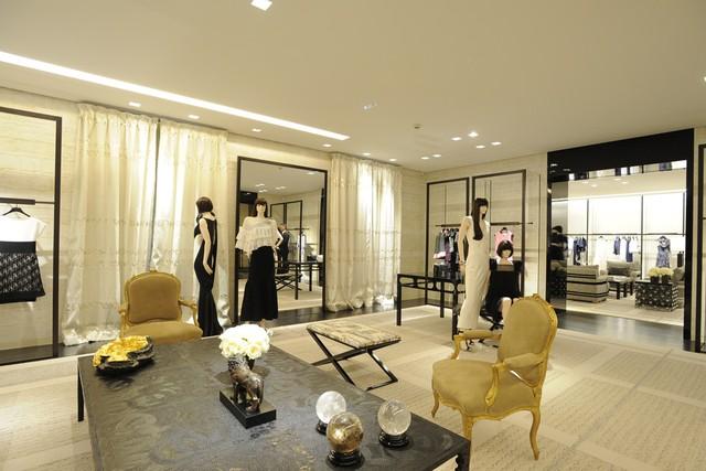 un malgache paris lifestyle and fashion blogger la. Black Bedroom Furniture Sets. Home Design Ideas