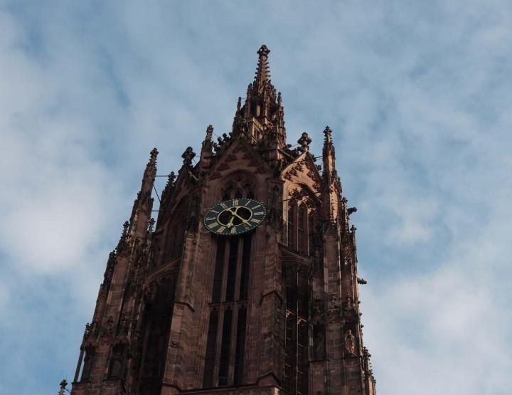 La cathédrale Saint Barthélémy!